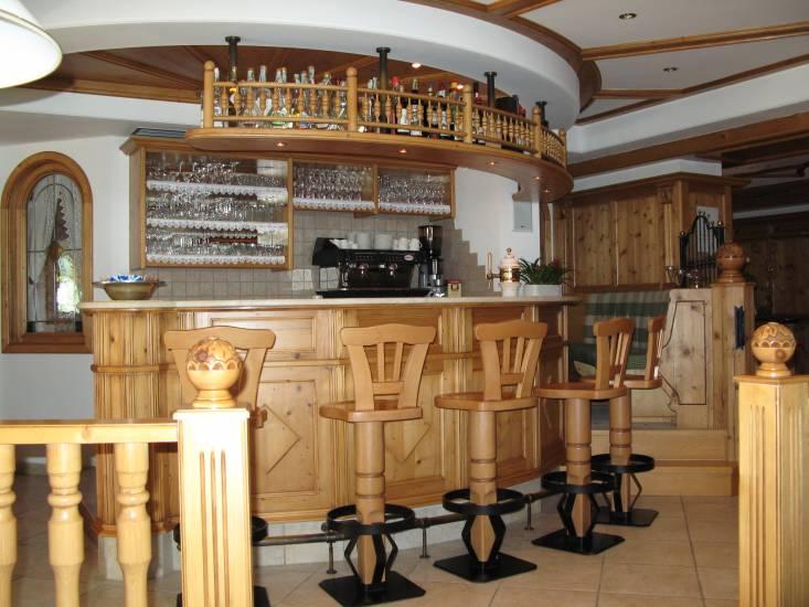 Angolo bar in legno artigianale design esclusivo fabbrica - Mobile bar taverna ...