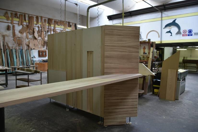 Cucina zebrano in legno su misura fabbrica di cucine su misura a roma - Fabbrica cucine su misura roma ...