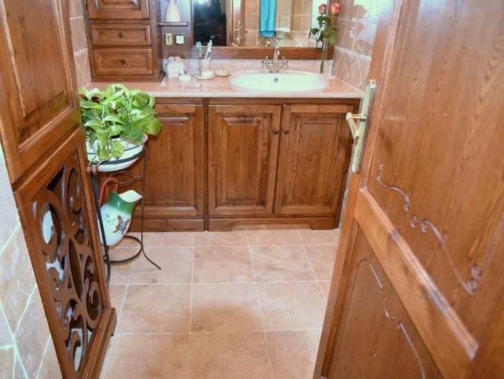 Mobile bagno in legno classico artigianale su misura con lavatrice ...