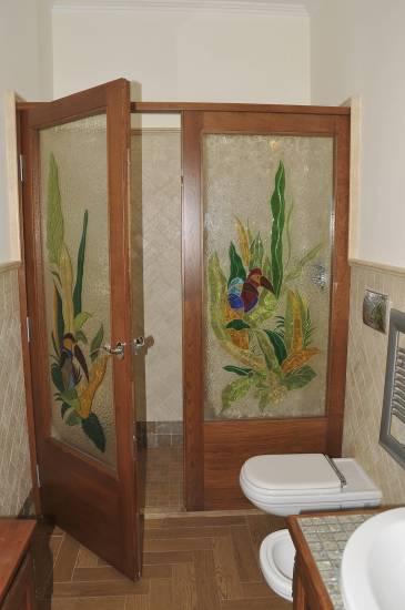 Bagni di lusso classici oggetti di lusso per la casa come in una dimora sontuosa foto with - Bagni classici con doccia ...