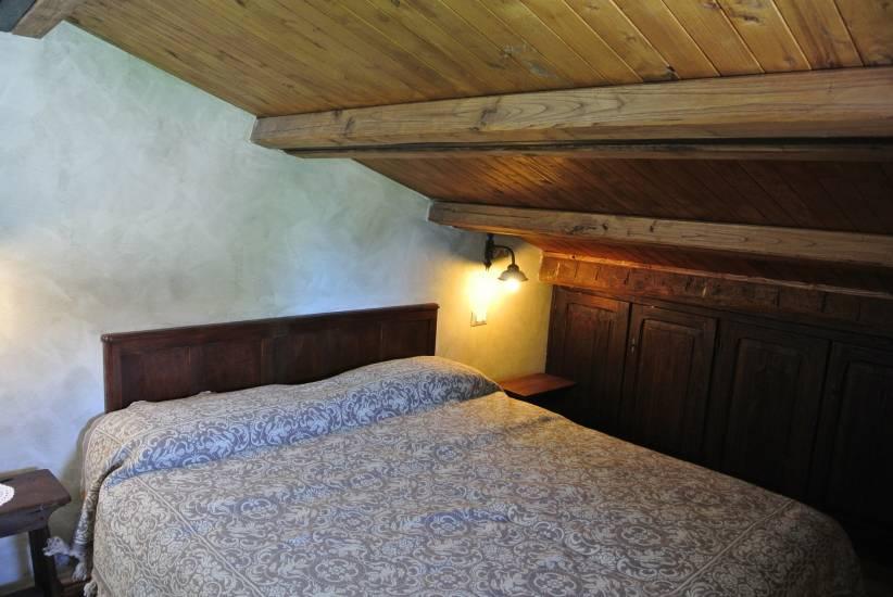 Controsoffitto in legno su misura albergo robur marsorum for Controsoffitto in legno
