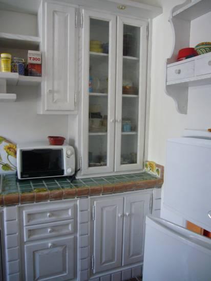 Cucina bianca in legno fabbrica di cucine su misura a roma - Fabbrica cucine su misura roma ...