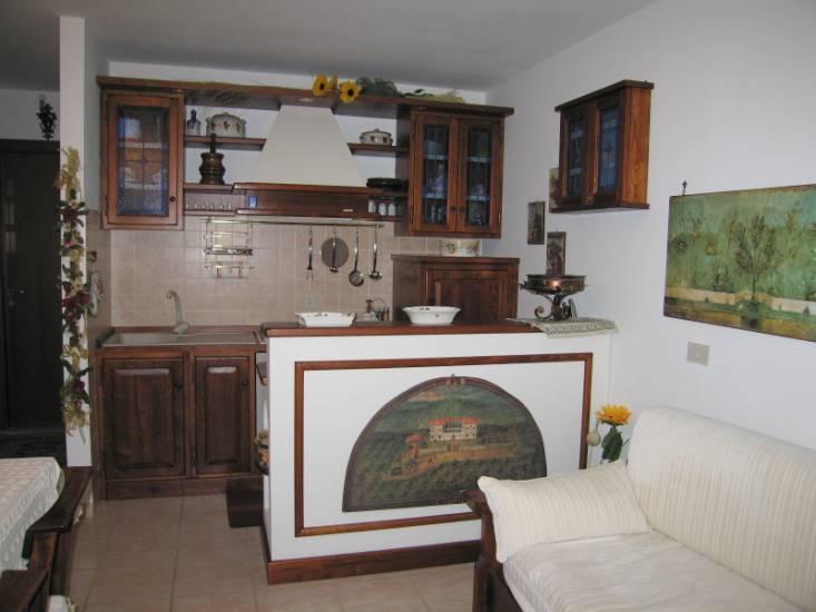 Cucina classica su misura 2 in legno fabbrica di cucine su misura a roma - Fabbrica cucine su misura roma ...