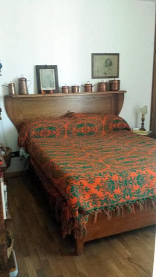 Letto contenitore con testiera a mensola in legno - Testate letto imbottite classiche ...