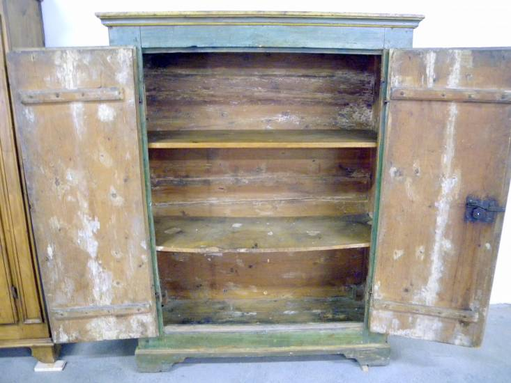 Armadio Antico Laccato : Restauro armadio laccato verde in legno antico fabbrica di zona