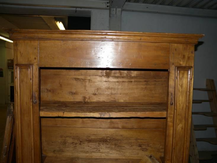 La Credenza In Spagnolo : Restauro armadio spagnolo in legno antico fabbrica di zona notte