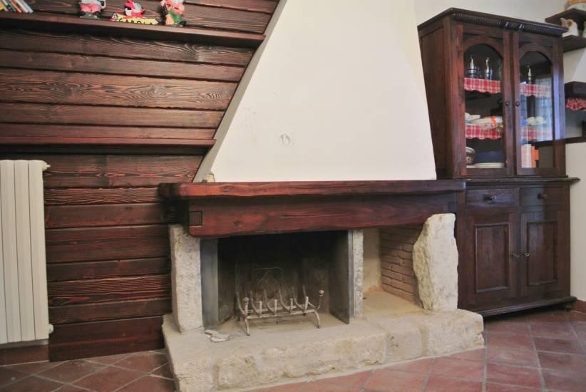Rivestimento In Legno Per Termocamino : Rivestimenti termocamini moderni con nicchie