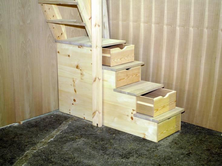 Scaletta In Legno Per Soppalco : Scala e soppalco in legno artigianale fabbrica di portoni infissi