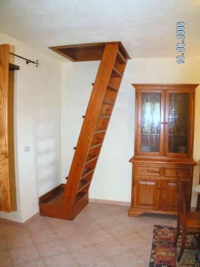 Scala in legno per soffitta 1 design esclusivo fabbrica di for Scala per soffitta