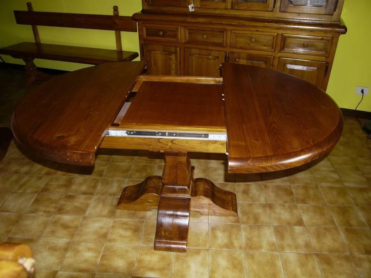 Tavolo tondo allungabile artigianale in legno fabbrica di for Tavolo tondo allungabile