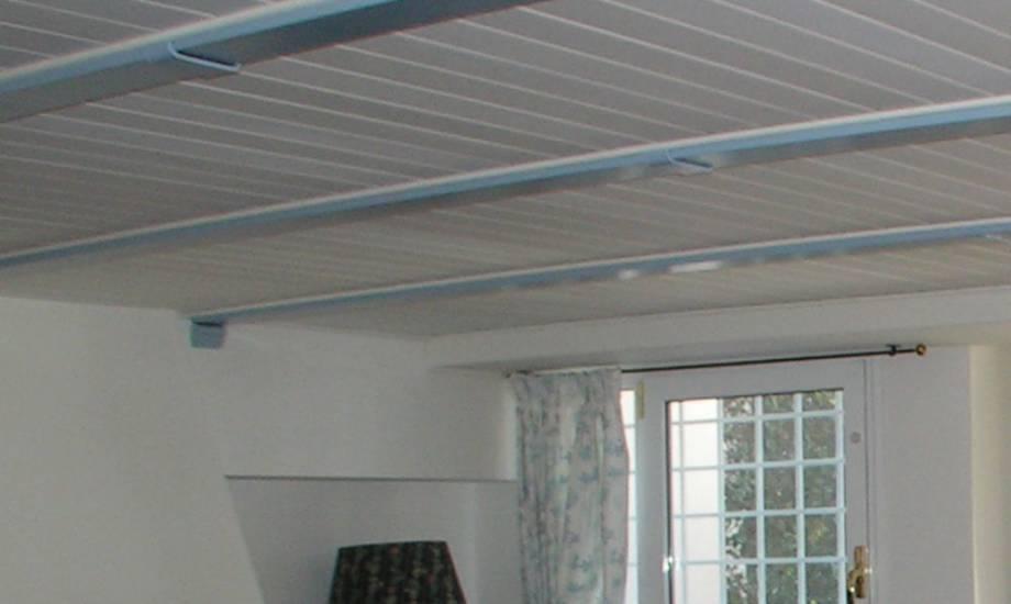 Perline per soffitto una collezione di idee per idee di - Isolare il soffitto dall interno ...
