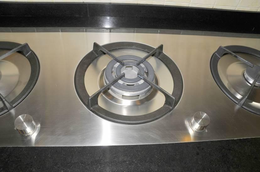 Casa immobiliare accessori maioliche cucina moderna for Luce arredo modica