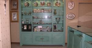 Credenza Rustica In Legno : Credenza vetrina pitturata in legno fabbrica di zona giorno su